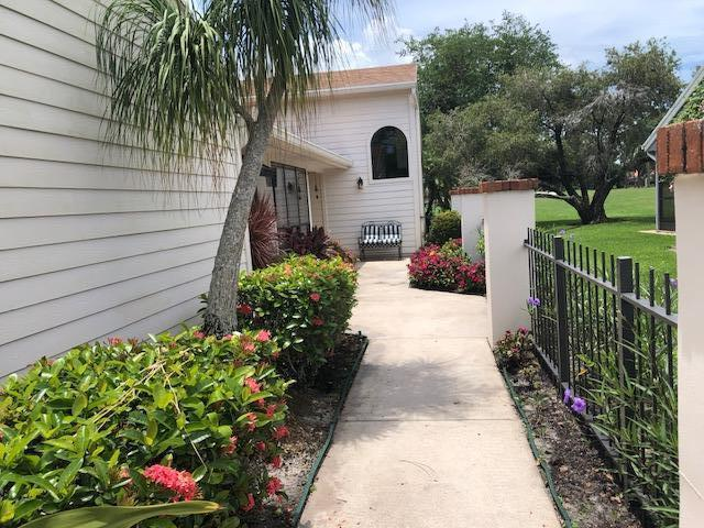 6654 S Pine Court, Palm Beach Gardens, FL, 33418