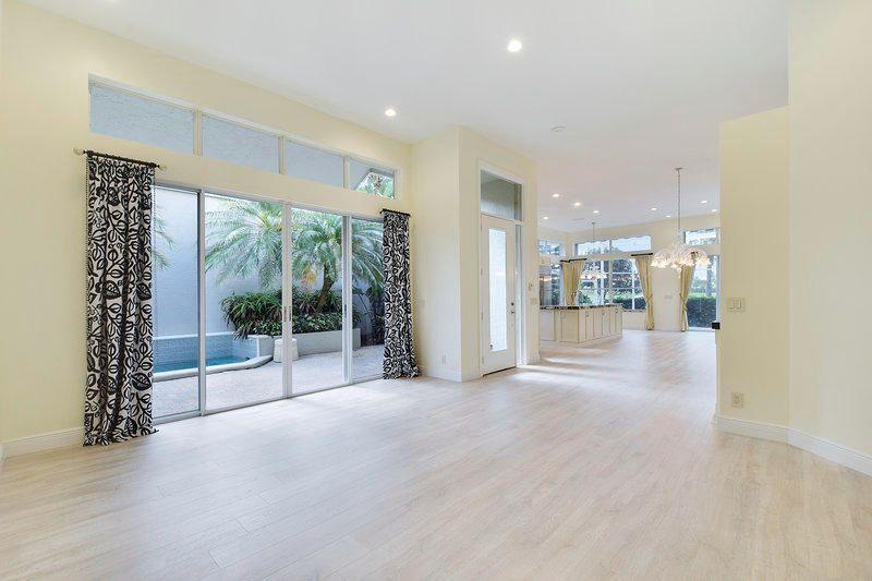 111 Coral Cay Drive, Palm Beach Gardens, FL, 33418
