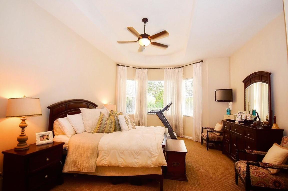 9636 Osprey Isles Boulevard, Palm Beach Gardens, FL, 33412