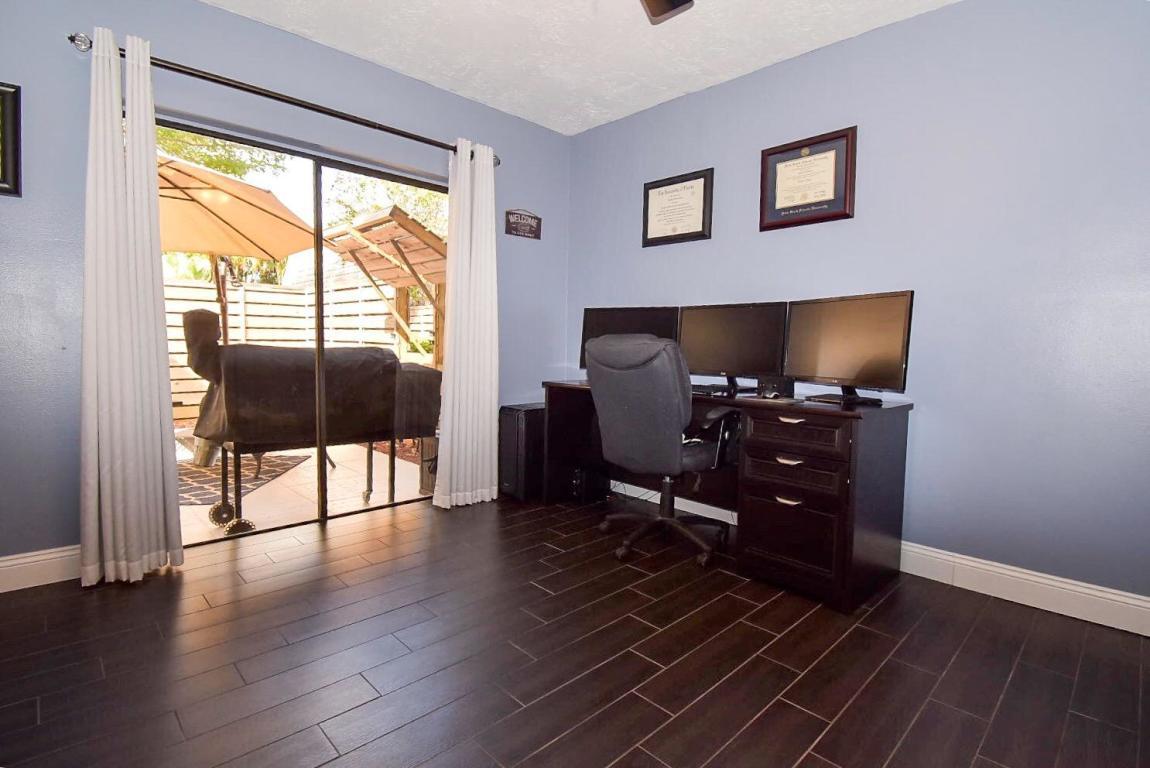 414 4th Terrace, Palm Beach Gardens, FL, 33418