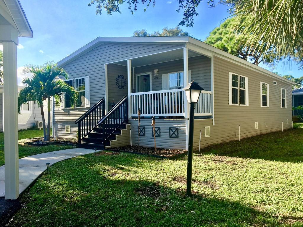 2555 Pga Boulevard 206, Palm Beach Gardens, FL, 33410