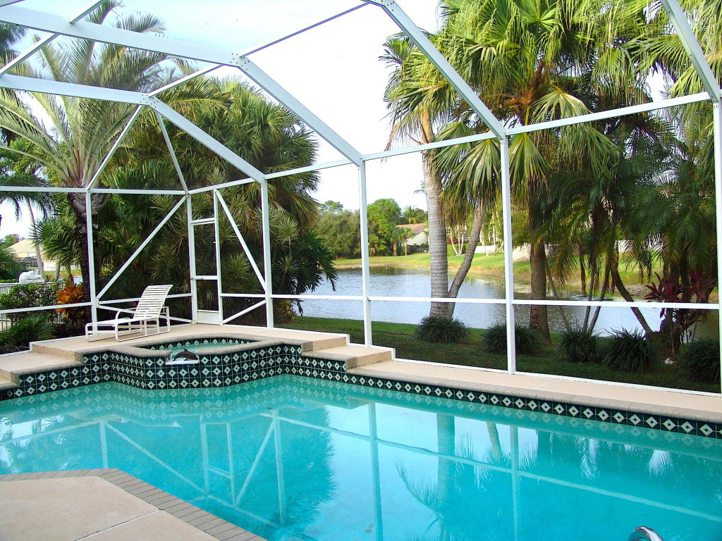 84 Satinwood Lane, Palm Beach Gardens, FL, 33410
