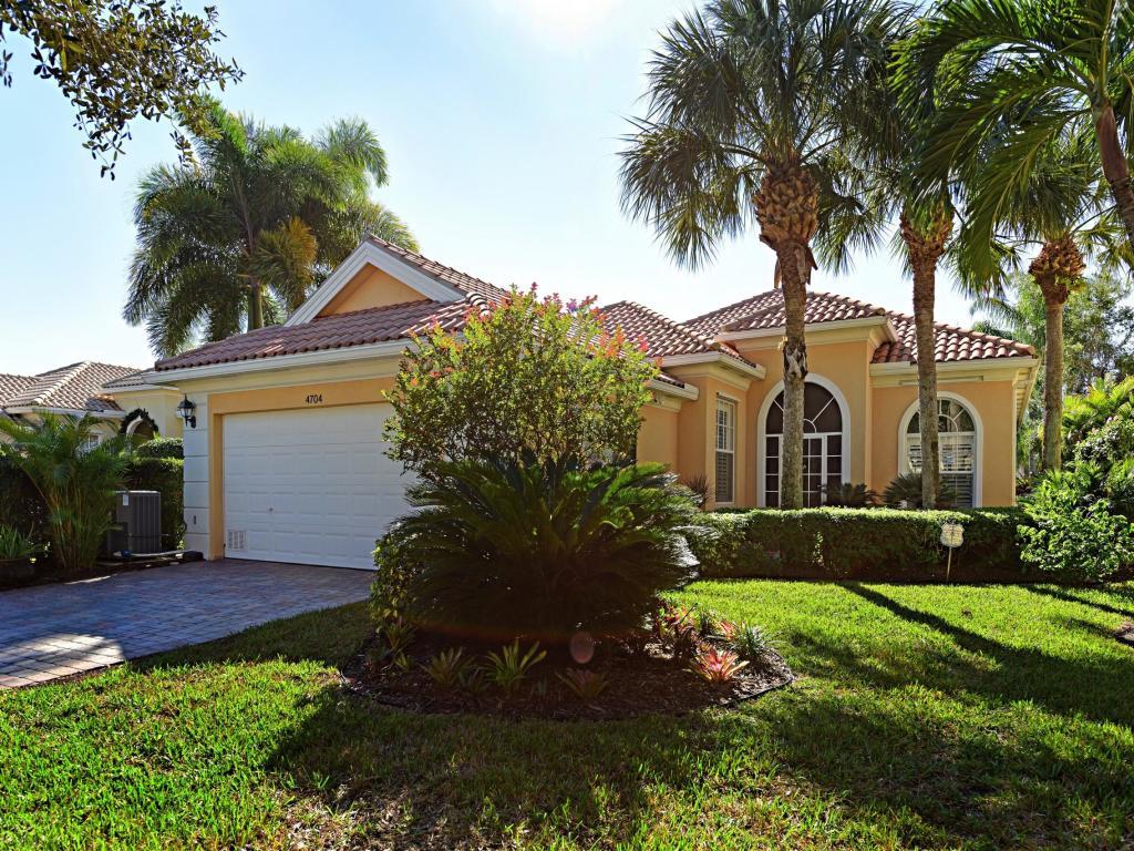 4704 Dovehill Drive, Palm Beach Gardens, FL, 33418