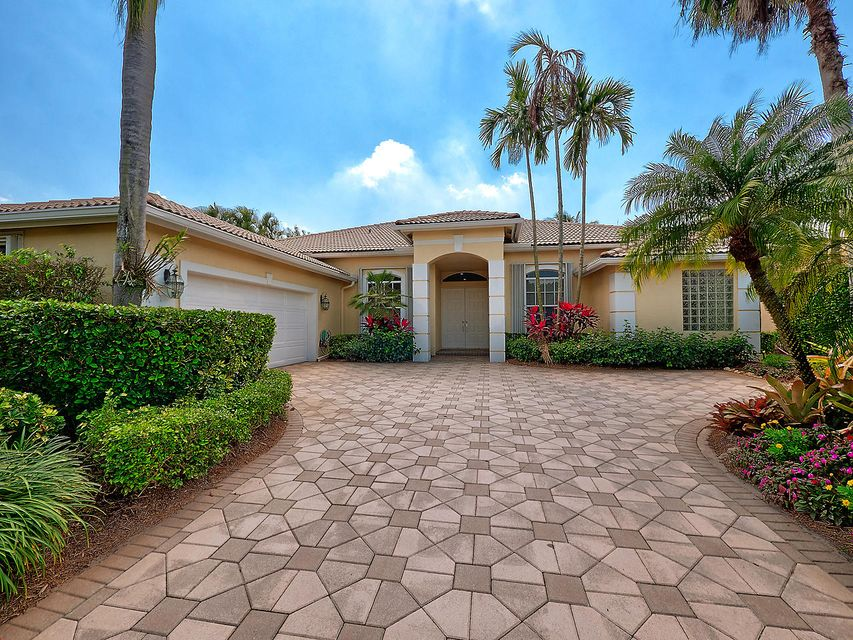 33 Bermuda Lake Drive, Palm Beach Gardens, FL, 33418
