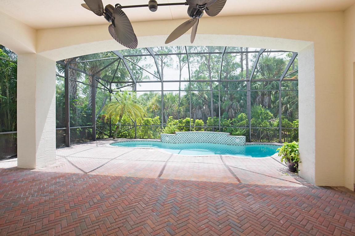 111 Viera Drive, Palm Beach Gardens, FL, 33418