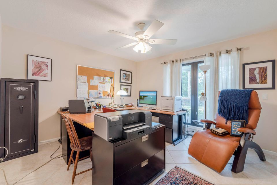 5561 Whirlaway Road, Palm Beach Gardens, FL, 33418