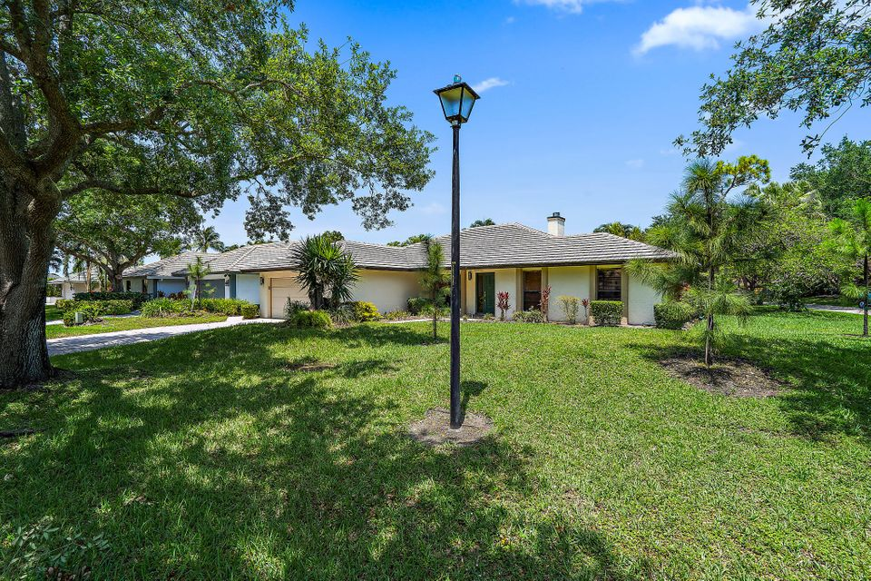 1 Bentwood Road, Palm Beach Gardens, FL, 33418