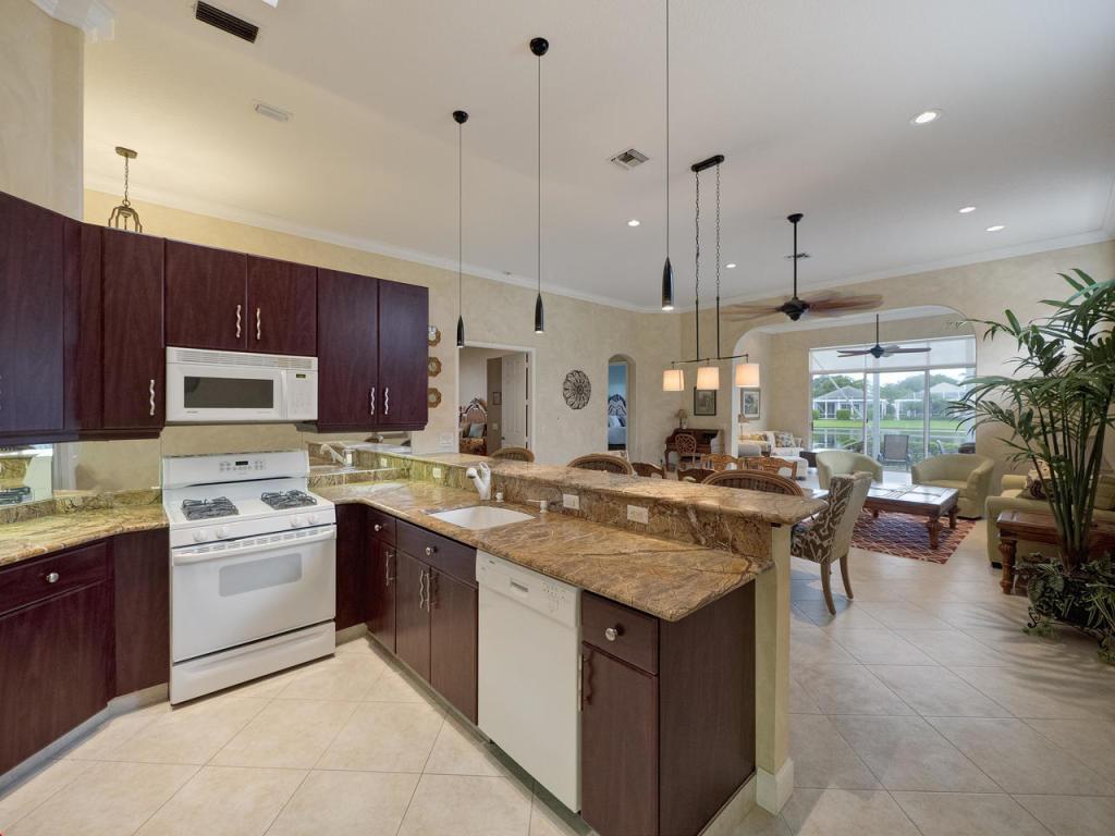 86 Monterey Pointe Drive, Palm Beach Gardens, FL, 33418