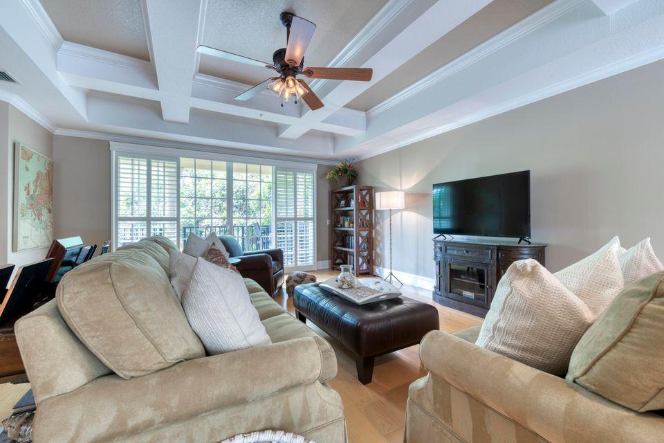 2490 San Pietro Circle, Palm Beach Gardens, FL, 33410