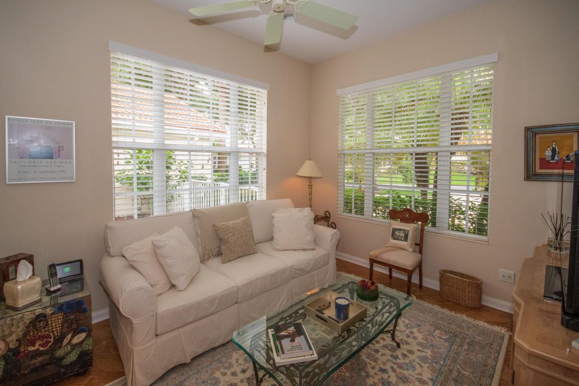 102 Lost Bridge Drive, Palm Beach Gardens, FL, 33410