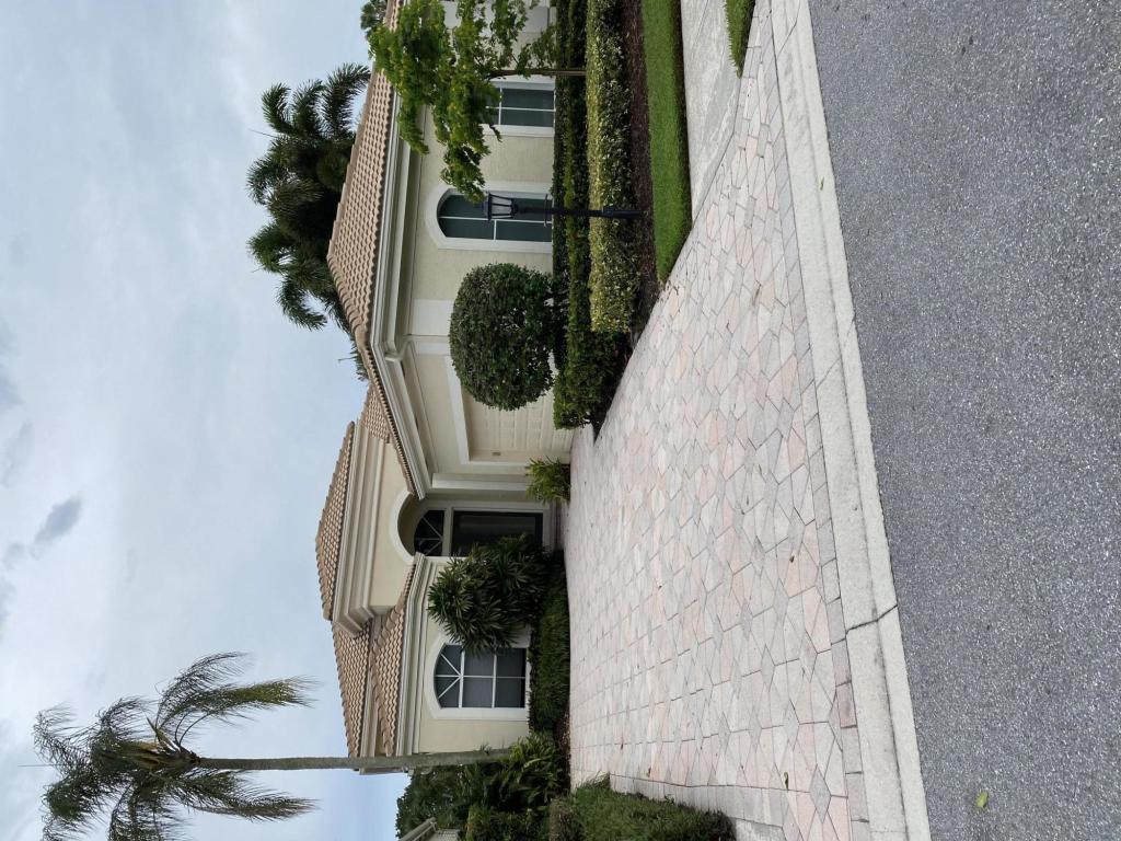 BallenIsles Homes Photo of RX-10638338