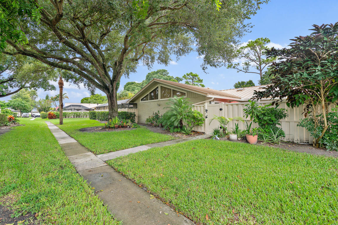 5293 Eagle Lake Drive, Palm Beach Gardens, FL, 33418