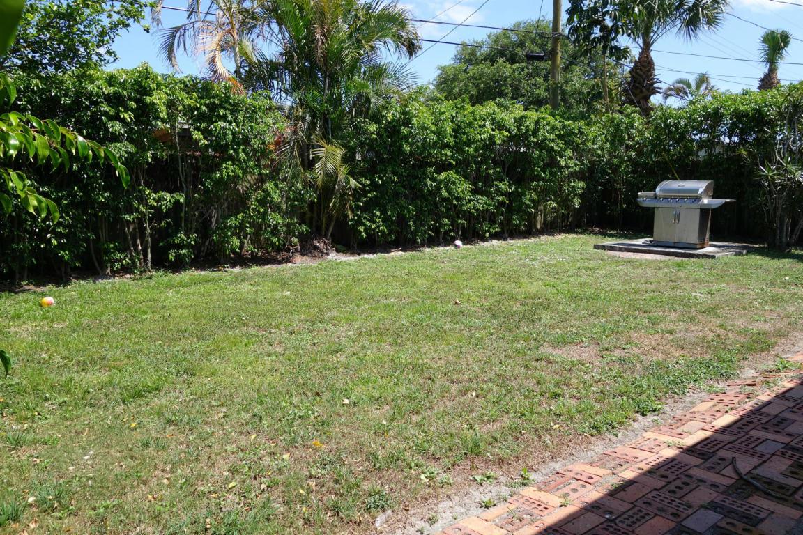 526 Riverside Drive, Palm Beach Gardens, FL, 33410