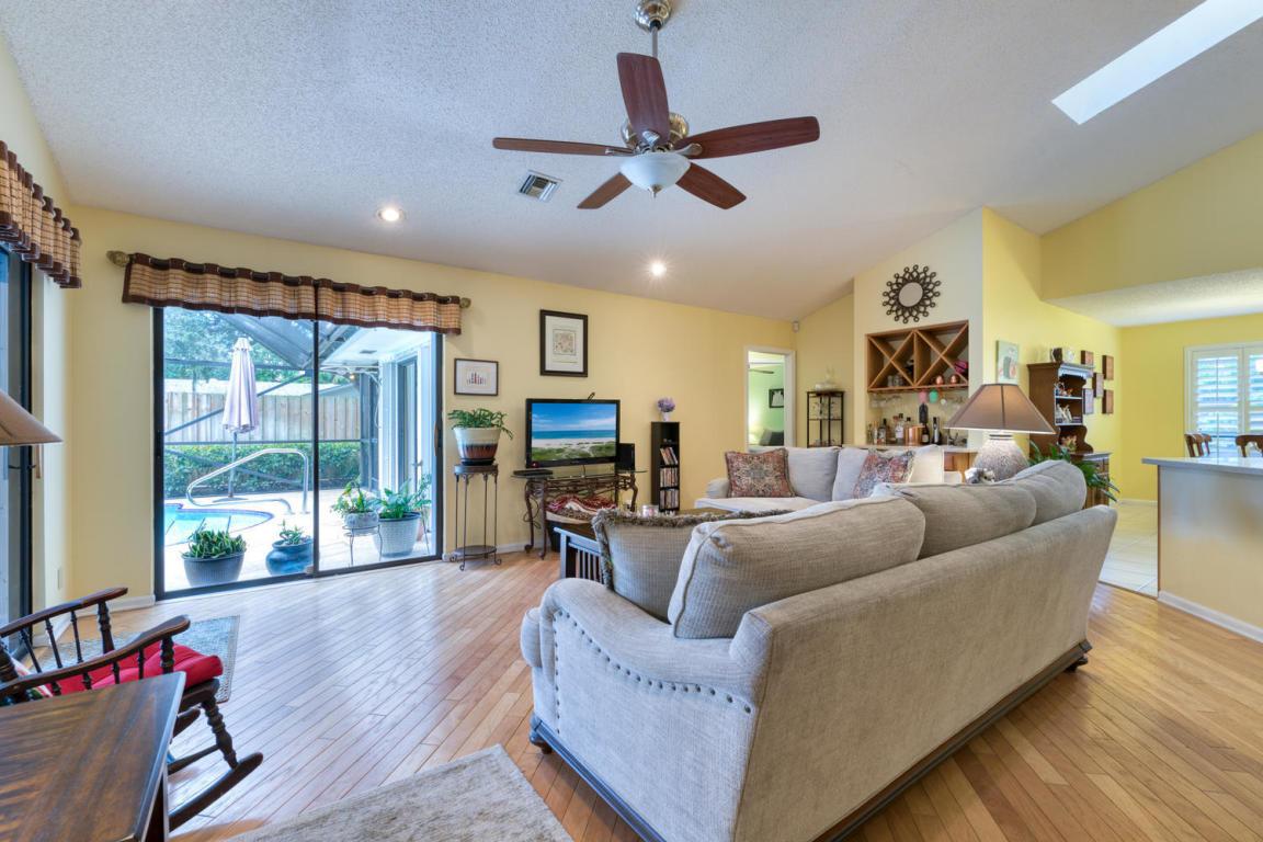 2424 Palm Harbor Drive, Palm Beach Gardens, FL, 33410
