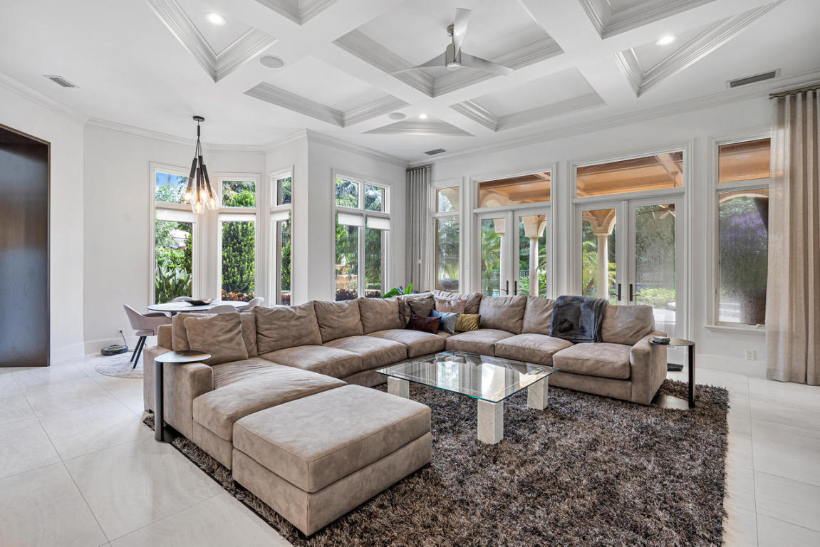 11710 Tulipa Court, Palm Beach Gardens, FL, 33418