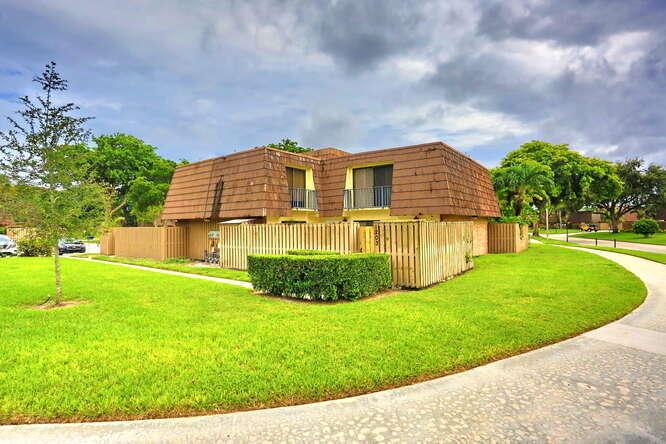 1203 12th Court, Palm Beach Gardens, FL, 33410