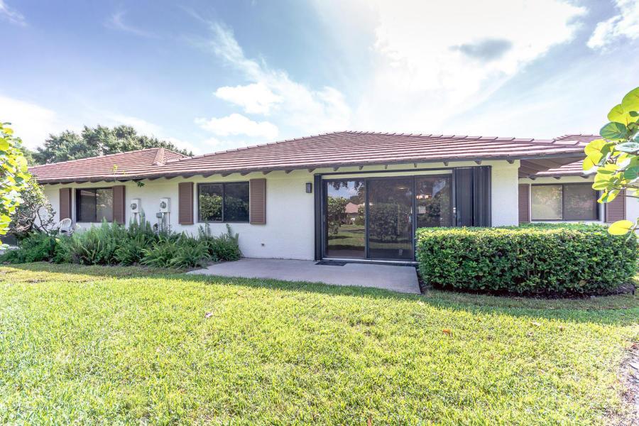 102 Club Drive 102, Palm Beach Gardens, FL, 33418