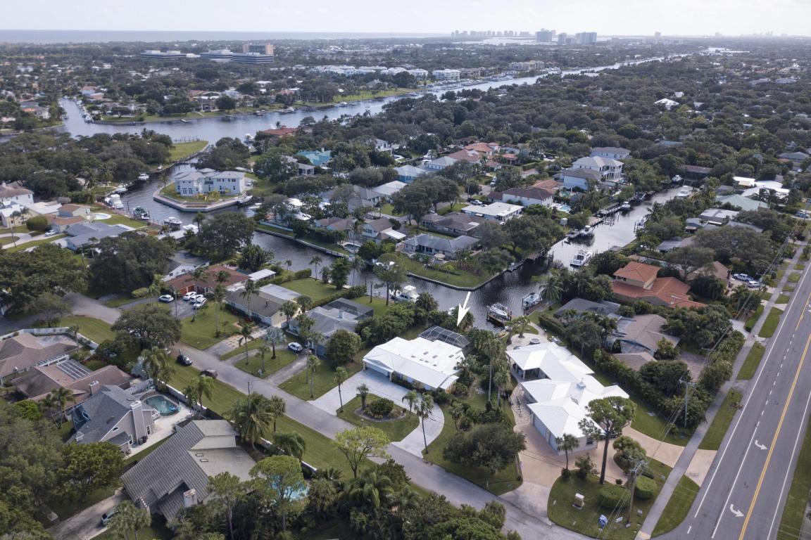 2462 Flamingo Road, Palm Beach Gardens, FL, 33410