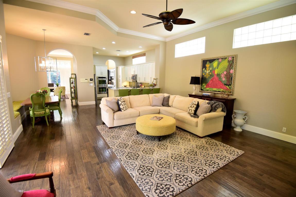 120 Villa Nueva Place, Palm Beach Gardens, FL, 33418
