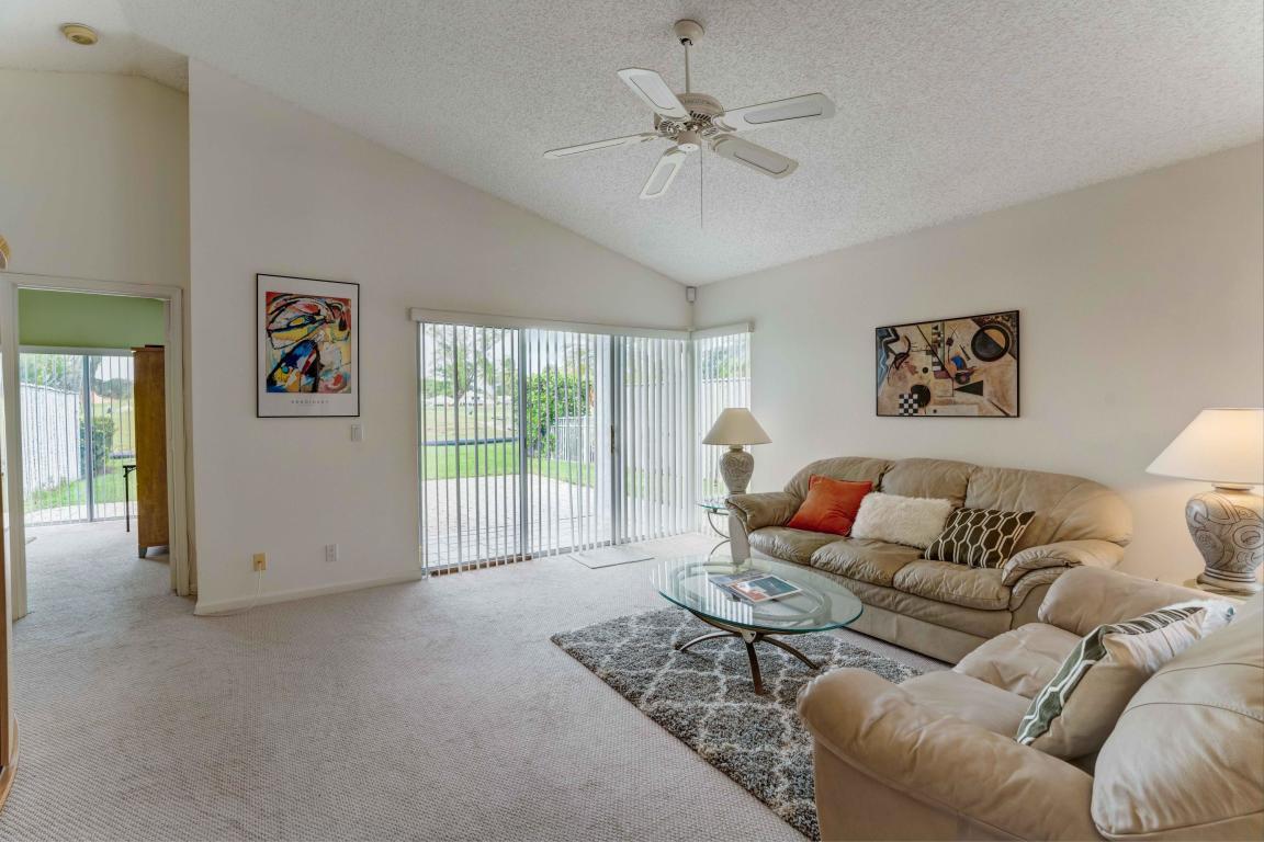 37 Admirals Court, Palm Beach Gardens, FL, 33418