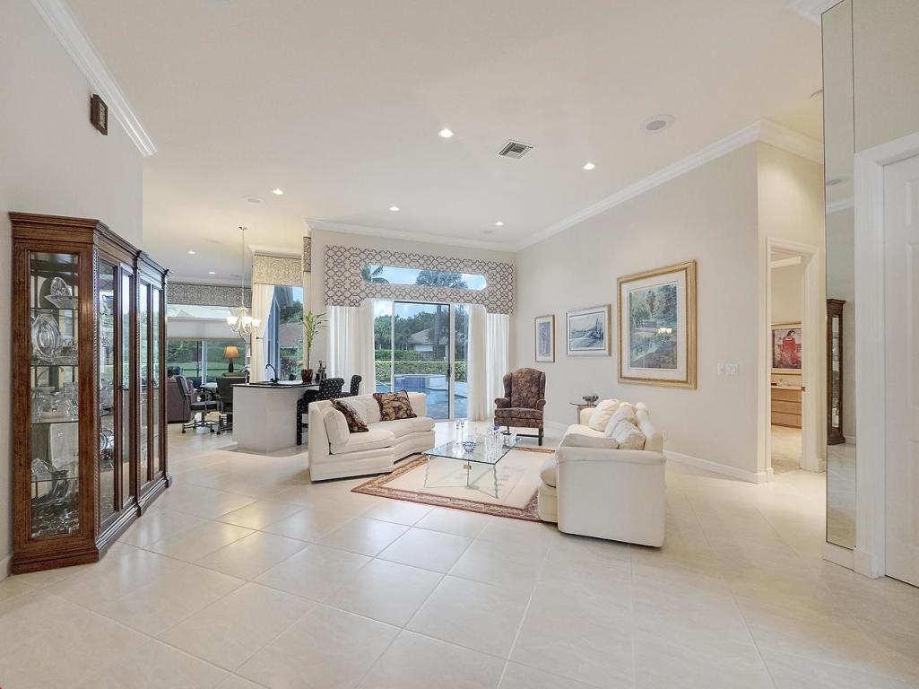 22 Bermuda Lake Drive, Palm Beach Gardens, FL, 33418