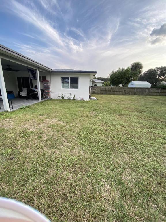 8567 Sunset Drive, Palm Beach Gardens, FL, 33410