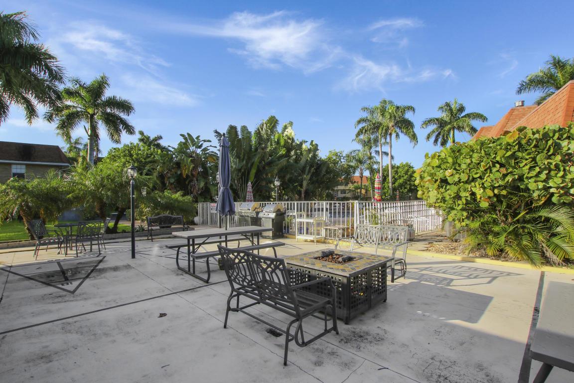 5520 Tamberlane Circle 207, Palm Beach Gardens, FL, 33418