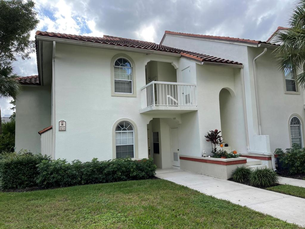 104 Cypress Point Drive 104, Palm Beach Gardens, FL, 33418