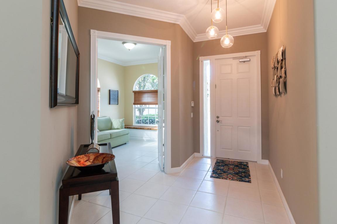 8765 Oldham Way, Palm Beach Gardens, FL, 33412