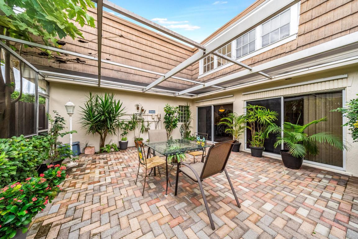 11615 Winchester Drive B, Palm Beach Gardens, FL, 33410
