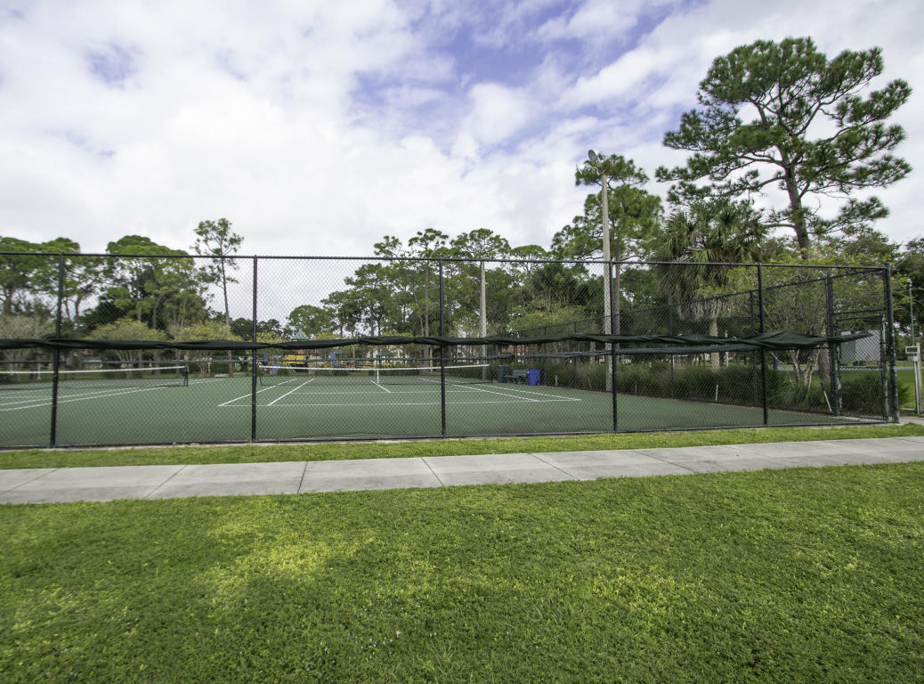 376 Prestwick Circle 3, Palm Beach Gardens, FL, 33418