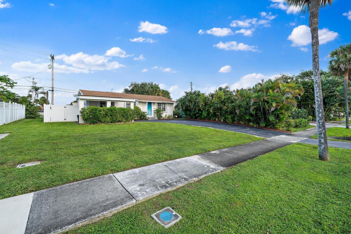 622 Holly Drive, Palm Beach Gardens, FL, 33410