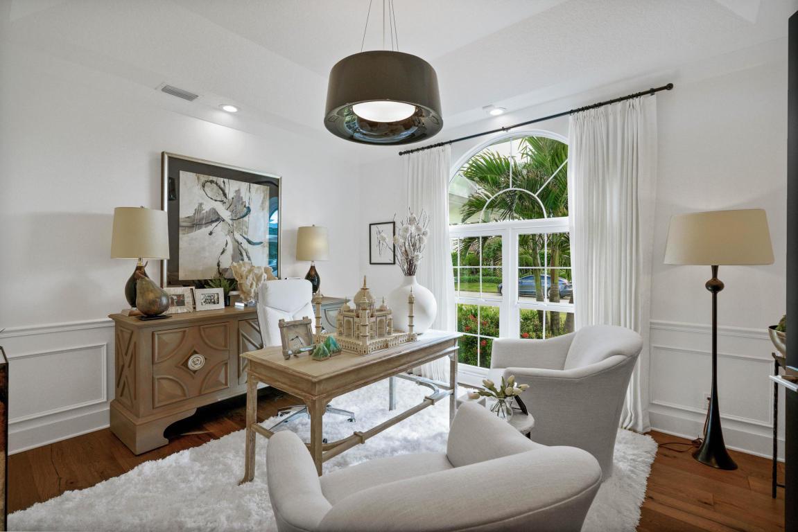 7 Dunbar Road, Palm Beach Gardens, FL, 33418