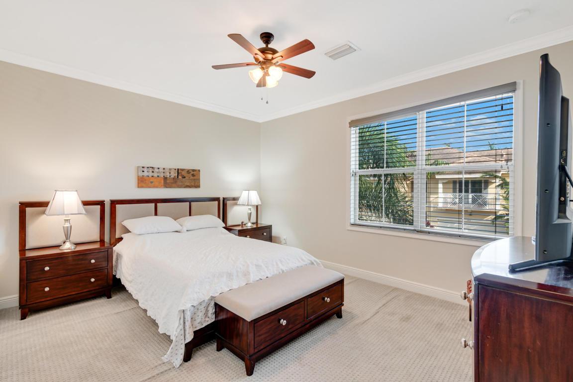 4033 Kingston Lane, Palm Beach Gardens, FL, 33418