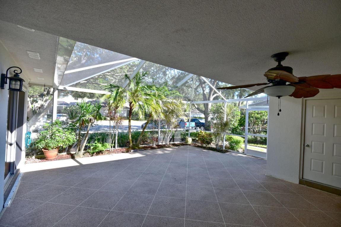 9202 Chapman Oak Court, Palm Beach Gardens, FL, 33410