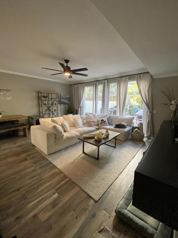 300 Salinas Drive, Palm Beach Gardens, FL, 33410