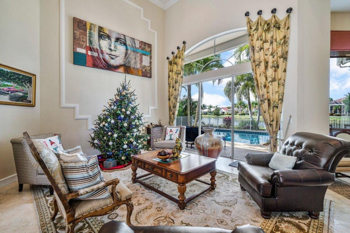 37 Cayman Place, Palm Beach Gardens, FL, 33418
