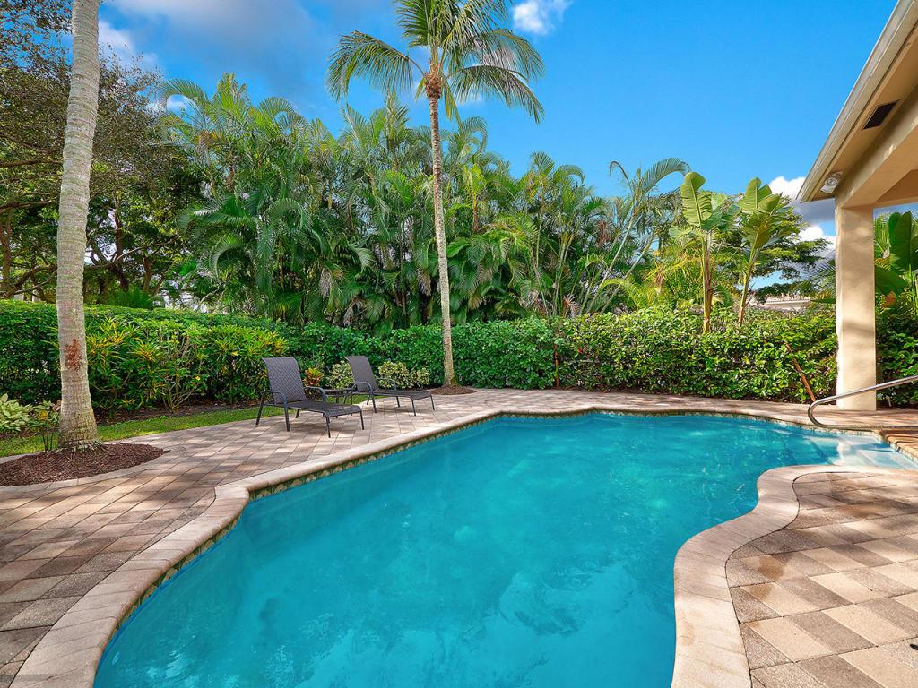 61 Laguna Drive, Palm Beach Gardens, FL, 33418