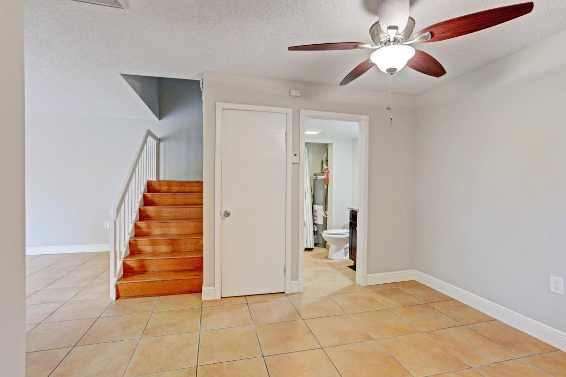 1121 11th Court, Palm Beach Gardens, FL, 33410