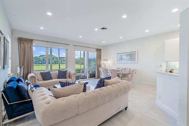 205 Resort Lane, Palm Beach Gardens, FL, 33418