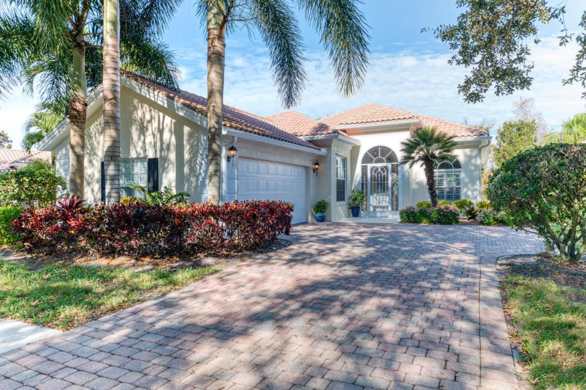 837 Niemen Drive, Palm Beach Gardens, FL, 33410
