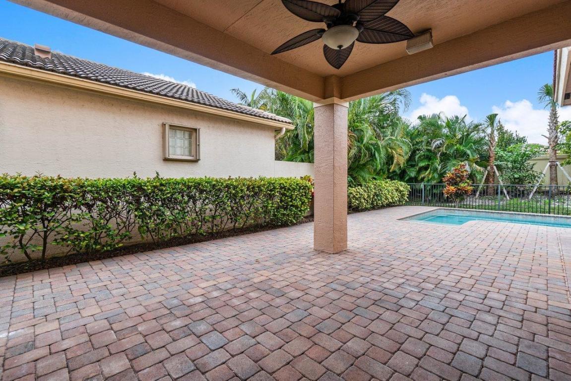 235 Isle Verde Way, Palm Beach Gardens, FL, 33418