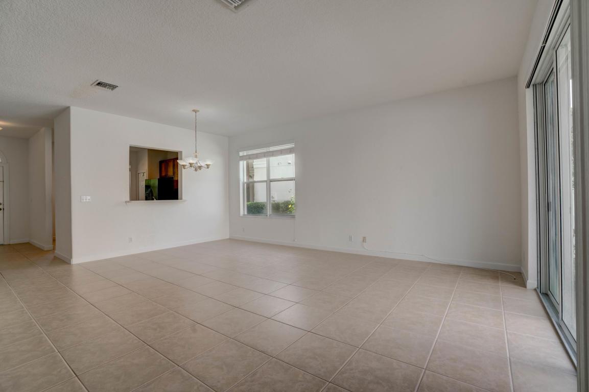 8019 Murano Circle, Palm Beach Gardens, FL, 33418