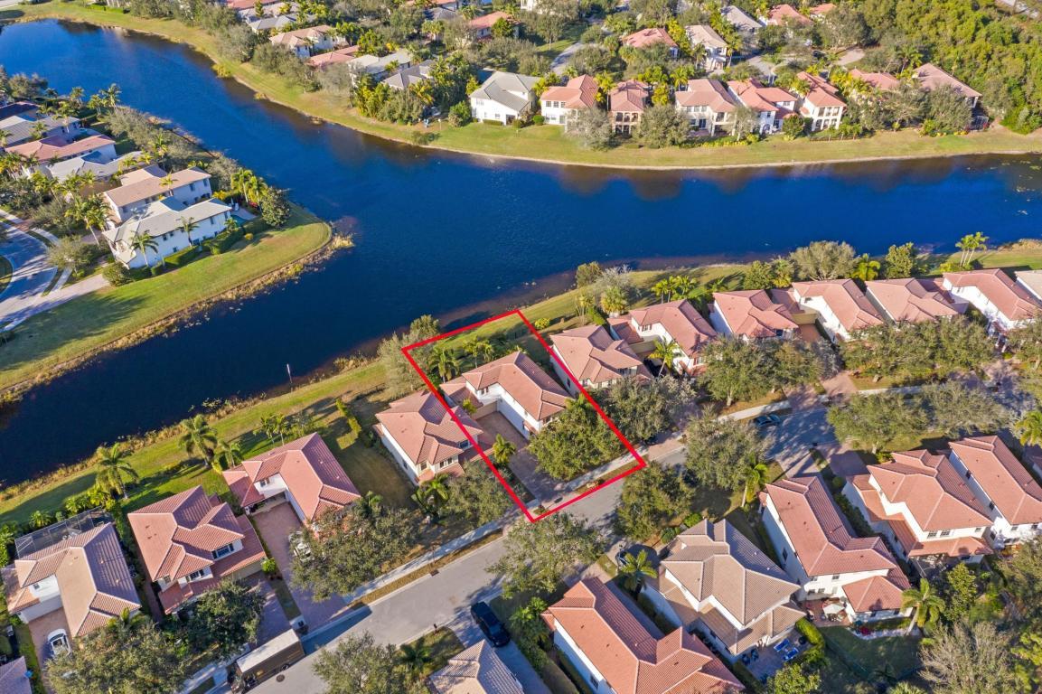 651 Castle Drive, Palm Beach Gardens, FL, 33410