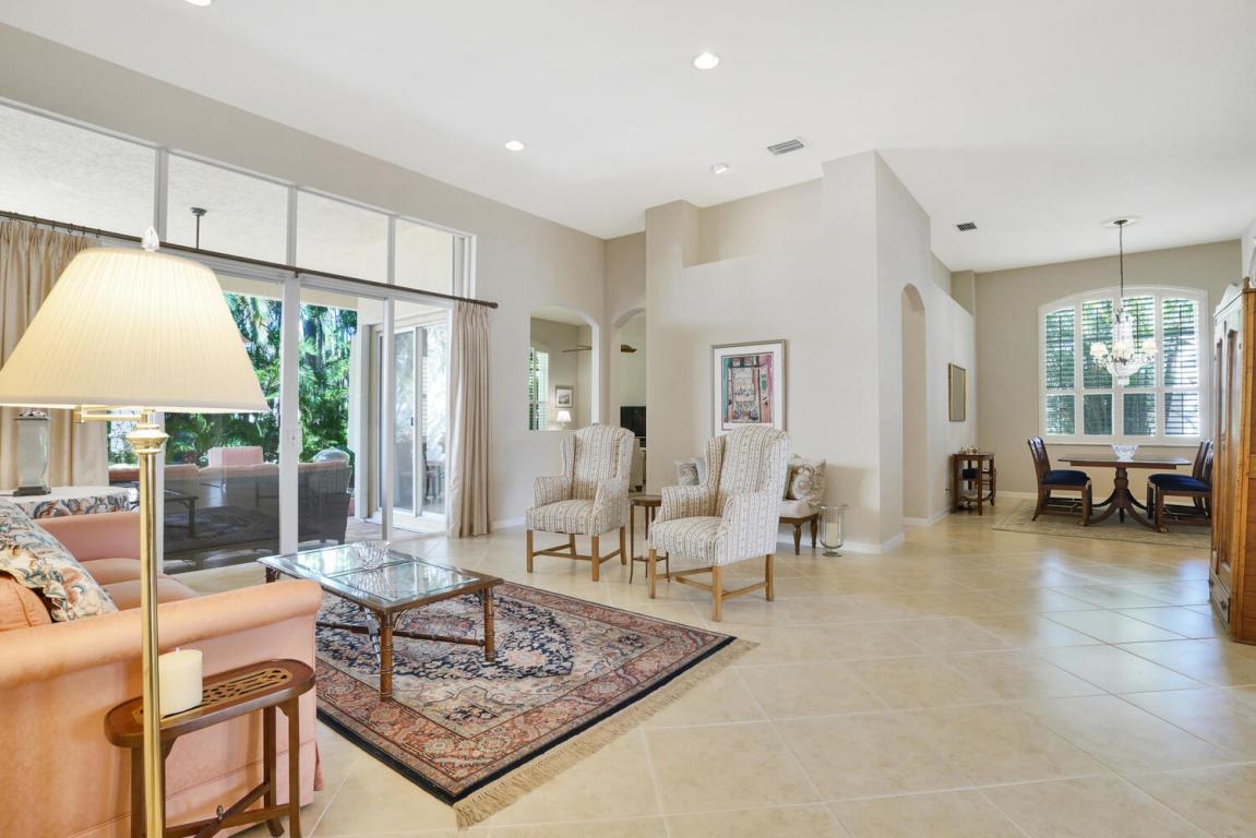 101 La Vida Court, Palm Beach Gardens, FL, 33418