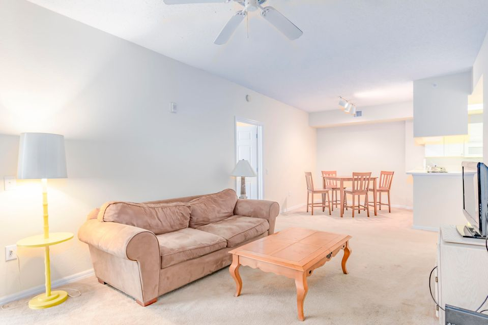 2804 Sarento Place 111, Palm Beach Gardens, FL, 33410