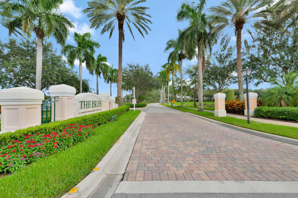 709 Hudson Bay Drive, Palm Beach Gardens, FL, 33410