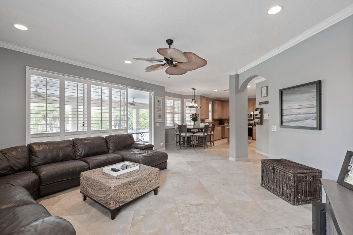 132 Hidden Hollow Terrace, Palm Beach Gardens, FL, 33418