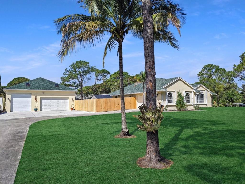 15611 71st Drive N, Palm Beach Gardens, FL, 33418