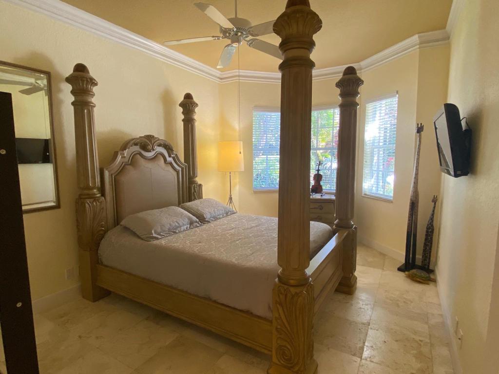 120 Victoria Bay Court, Palm Beach Gardens, FL, 33418